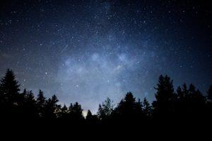 Zum Greifen nah - Sterne über der Eifel